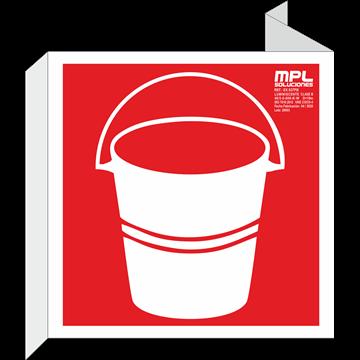 Banderola cuadrada: Cubo para uso en caso de incendios