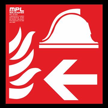 Señal cuadrada: Equipo y conjunto de lucha contra incendios derecha