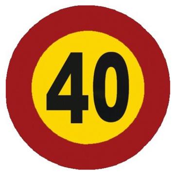 Velocidad máxima 40 km.